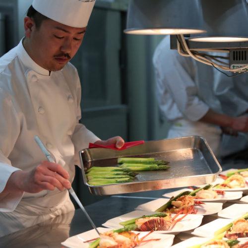 ◆【土日に負けない!】メイン料理が選べる結婚式場無料試食ブライダルフェア