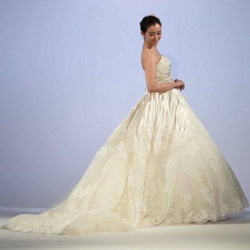 桂由美ブランドウェディングドレスカラードレス無料試着フェア