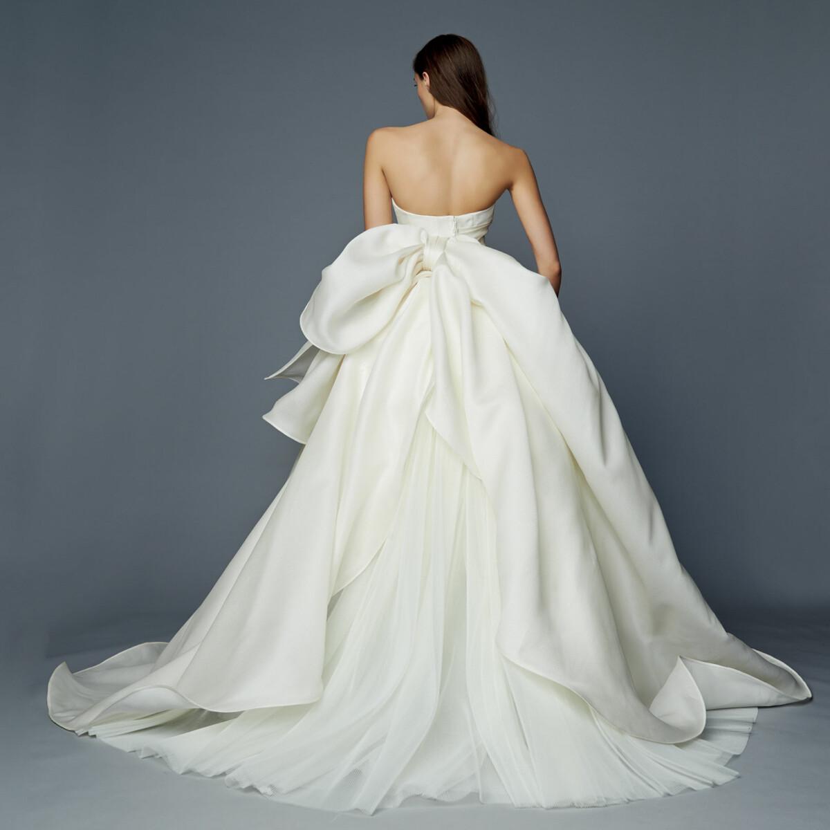 アントニオ リーヴァ ブランドウェディングドレスカラードレス無料試着フェア